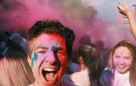 Family Reach Color Run: Color the Lives Who Are in Need