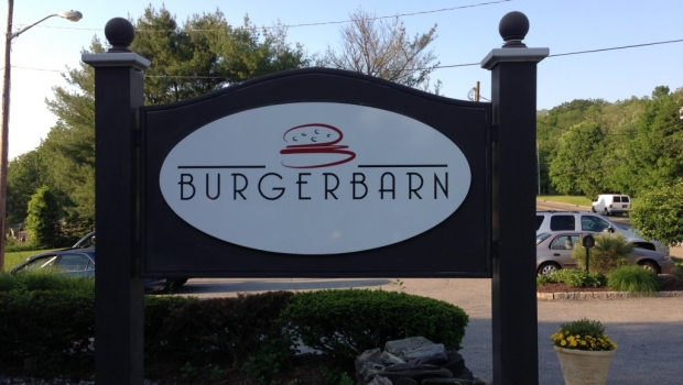 Burger Barn Review The Focus